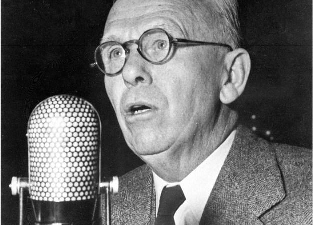 George Marshall przedstawia program pomocy , Uniwersytet Harvarda, 5 czerwca 1947 roku /AFP/