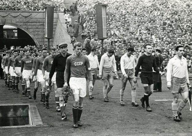Pojedynki sportowe z zawodnikami z ZSRR miały w Polsce podtekst polityczny /Eugeniusz Warmiński /East News