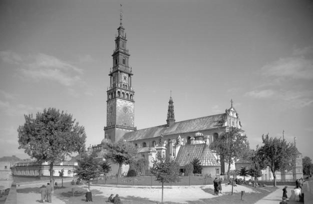Klasztor na Jasnej Górze, 1958 /Zbyszko Siemaszko /Agencja FORUM
