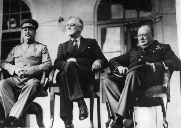 Józef Stalin, Franklin Delano Roosevelt i Winston Churchill podczas konferencji w Teheranie, 1943 /AFP/