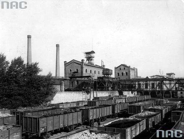 W pierwszej połowie 1925 roku eksport węgla do Niemiec wynosił 2,7 mln ton, w drugim półroczu zaledwie 18 tysięcy ton /Z archiwum Narodowego Archiwum Cyfrowego/
