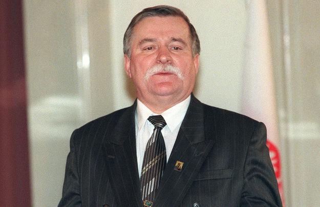 Prezydent Lech Wałęsa w 1995 roku /AFP/