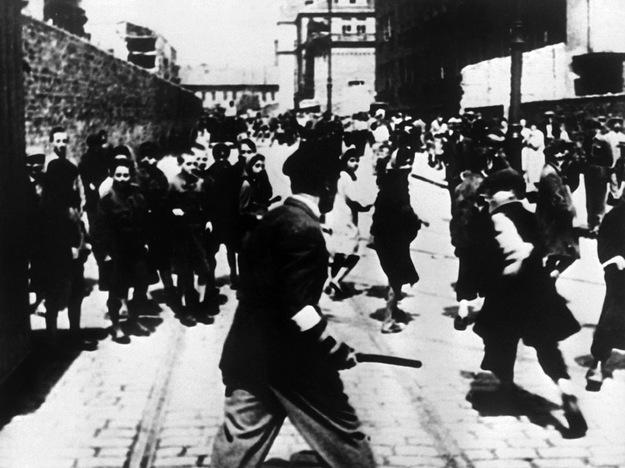 W 1939 roku Warszawa była największym skupiskiem Żydów w Europie /AFP/