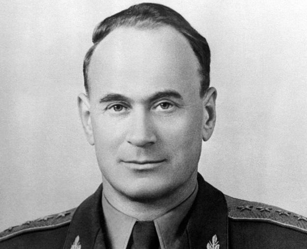 Generał Iwan Sierow odpowiedzialny jest za mord polskich oficerów w Katyniu /INTERCONTIENTALE /AFP/