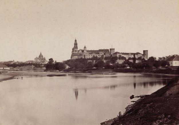 Wawel około roku 1880 /Polona / Domena publiczna /INTERIA.PL/